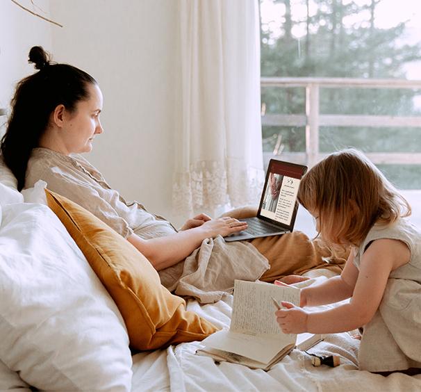 Surlefil-accompagnement-atelier-en-ligne-parentalite-travail-naissance-sophrologie