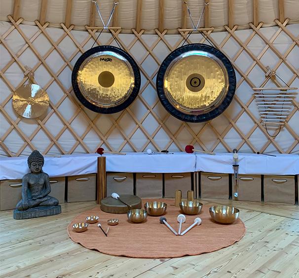 Surlefil-cercles-parole-sophrologie-voyage-sonore-son-bain-relaxation-meditation
